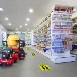 Guinalda Luces Navidad 100 Led Color Blanco Calido.Luz navidad interiores y exteriores IP44.Funciona 3 Baterias AA(No incluidas)